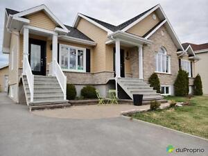 382 000$ - Bungalow à vendre à Jonquière (Arvida) Saguenay Saguenay-Lac-Saint-Jean image 1