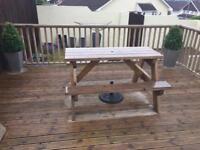 Garden bench solid