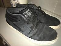 Nike trainers stefan Janoski size 9 £5