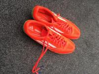 Size 8 running spikes, excellent condition