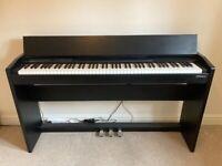 Roland F-140R Digital Piano (Black)