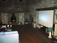 "120"" Grandview Cyber Electric Screen & HD Projector"