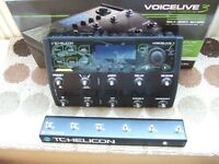 Helicon voicelive extreme vocal harmony pedal.....mint