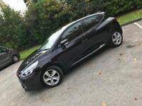 Renault Clio top spec parking sensors , sat nav +++