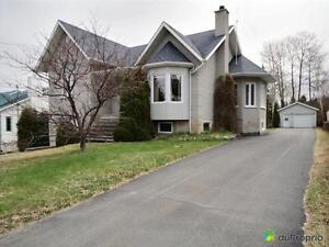 229 000$ - Maison à paliers multiples à vendre à Alma Lac-Saint-Jean Saguenay-Lac-Saint-Jean image 2