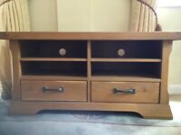 As new solid oak tv stand with drawers