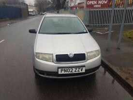 Skoda Fabia 2002 1.4 hatchback Petrol Silver electric windows Low milage
