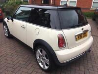 Mini Cooper Hatch 1.6L White - NEW MOT 55,000 miles Alloys Leather