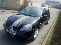Renault Clio needs going soon as possible