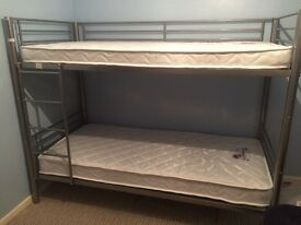 single metal frame bunkbeds with 1 mattress