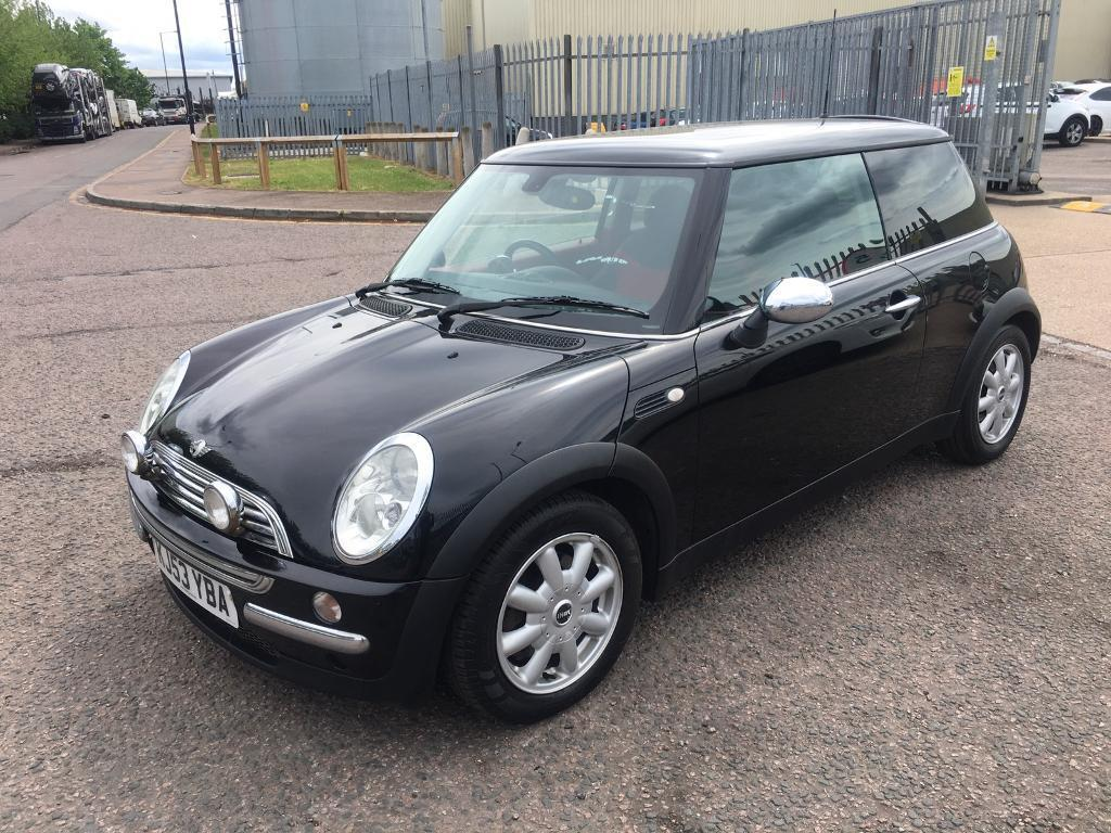 mini cooper s 2003 black and red with full service history full mot in walthamstow london. Black Bedroom Furniture Sets. Home Design Ideas