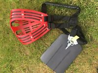 Full brushcutter harness with thigh
