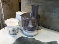 Braun food processor, type 3210. In working order with all the extra parts