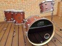 DW performance maple drum kit 12 14 16 22