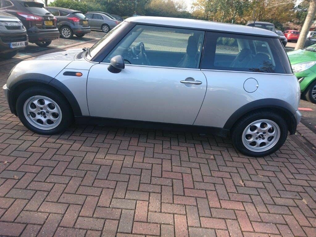 MINI One - Excellent condition Full MOT