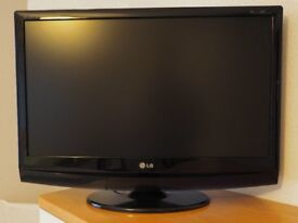 LG 27 inch LCD TV with Freeview