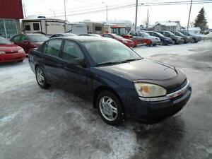 Chevrolet Malibu 2004 ** ROULE EXTRÊMEMENT BIEN **