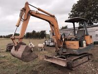 Yanma 3.5 ton digger with 4 buckets