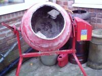 Electric cement mixer 240v working