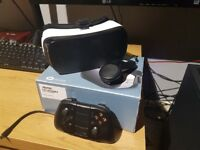 Samsung Gear VR 1st Gen with VR remote and game pad