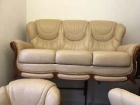 Ex gillies quality second ivory leather suite
