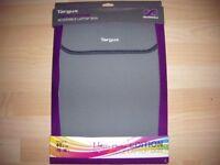 Laptop skin - reversible neoprene, brand new £4