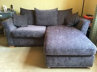 Comfortable & Stylish Chaise Corner Sofa with Pull-Out Bed - Nearly New!