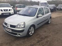 54 REG RENAULT CLIO 5 DOOR HATCHBACK LOW MILEAGE ONLY 68000 MILES MOT ALLOYS CD IDEAL FIRST CAR