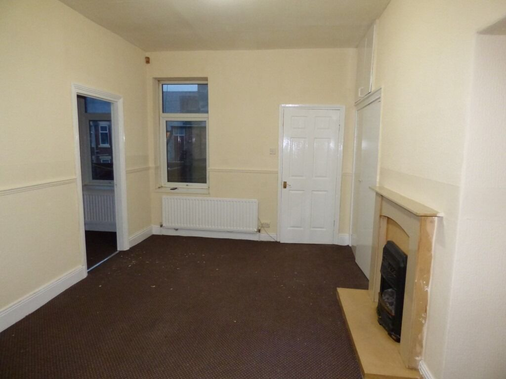 EASY MOVE!NO FEES AT ALL!!!Gateshead.2 Bed Immaculate Flat. No Bond!DSS Welcome!