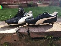 Puma rugby boots size 6