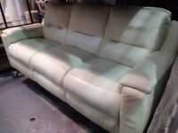 ITALIAN DESIGNER AVOLA CREAM LEATHER FIXED SUITE, COMPRISING, THREE SEATER SOFA & PAIR ARMCHAIRS