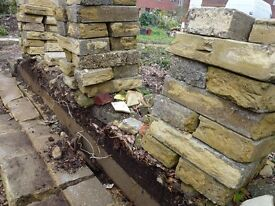 Used concrete blocks: Approx 50 whole and 20-30 half (broken).