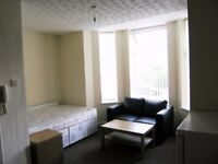 ** MODERN STUDIO FLAT / APARTMENT TO RENT IN CRUMPSALL MANCHESTER **