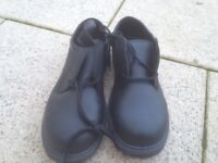 Bacou Safety Shoes (New & Unused) (Black Size 11)