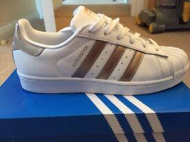 Adidas superstars size 6.