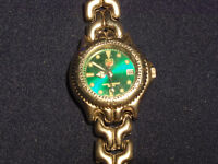 BEAUTIFUL TAG HEUER LADIES WATCH IN GREAT CONDITION (not rolex omega chanel brietling michael kors)