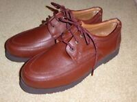 Clifford James BRAND NEW light tan mens (laceup) leather casual shoes. Size 10.