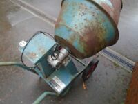 cement mixer and stand 240 volts