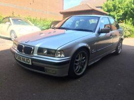 BMW 318i SE AUTO e36 Full Service History