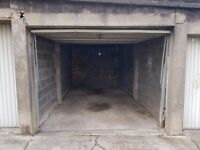 LARGE SIZED LOCK UP GARAGE TO RENT IN CLIFTON