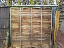 quantity of fence panels