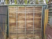 quantity of fence panels