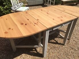 Top Quality Kitchen / Dining Table with Fold Up Leaves and a Draw