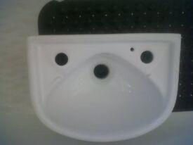 small Sink / Basin