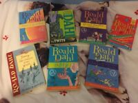 NEW ROALD DAHL BOOKS BUNDLE SET FREE DELIVERY TWITS DANNY CHAMPION JAMES GIANT PEACH BFG CHARLIE X7