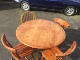 Circular Pine Dining Table and 4 Chairs