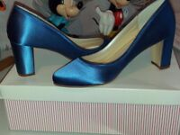 "Royal blue shoes Rainbow Club ""Florence"" Size 6"