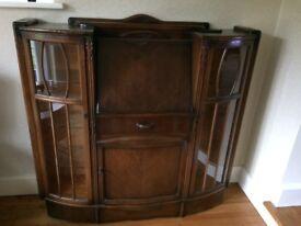 Very pretty Vintage Oak Display Cabinet / Bureau