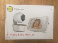"Baby Monitor - 5 "" Motorola - Never used !"