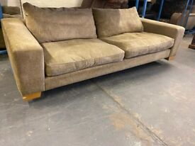 DESIGNER LARGE DFS FABRIC SOFA VERY NICE & REAL COMFY ZIP COVERS FREE DELIVERY